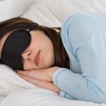 Cum să dormi 8 ore în 4 ore
