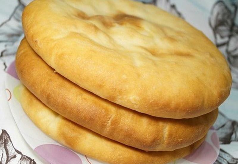 Plăcinte de casă de post – Plăcinte cu cartofi, fragede și gustoase – Rețetă de post