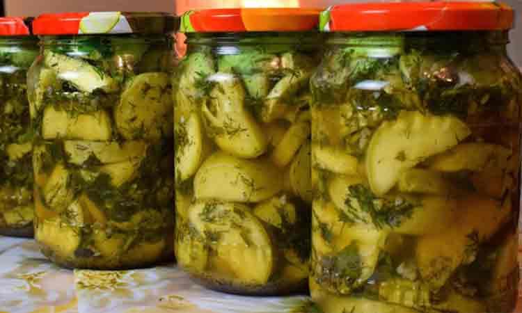 Dovlecel marinat la borcan- Un preparat delicios pentru iarna